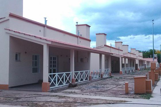 La provincia entregará viviendas y lotes sociales en Guachipas y La Viña
