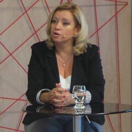 La Defensora del Pueblo rechazó las denuncias agraviantes contra Gustavo Sáenz y exhortó a una campaña limpia