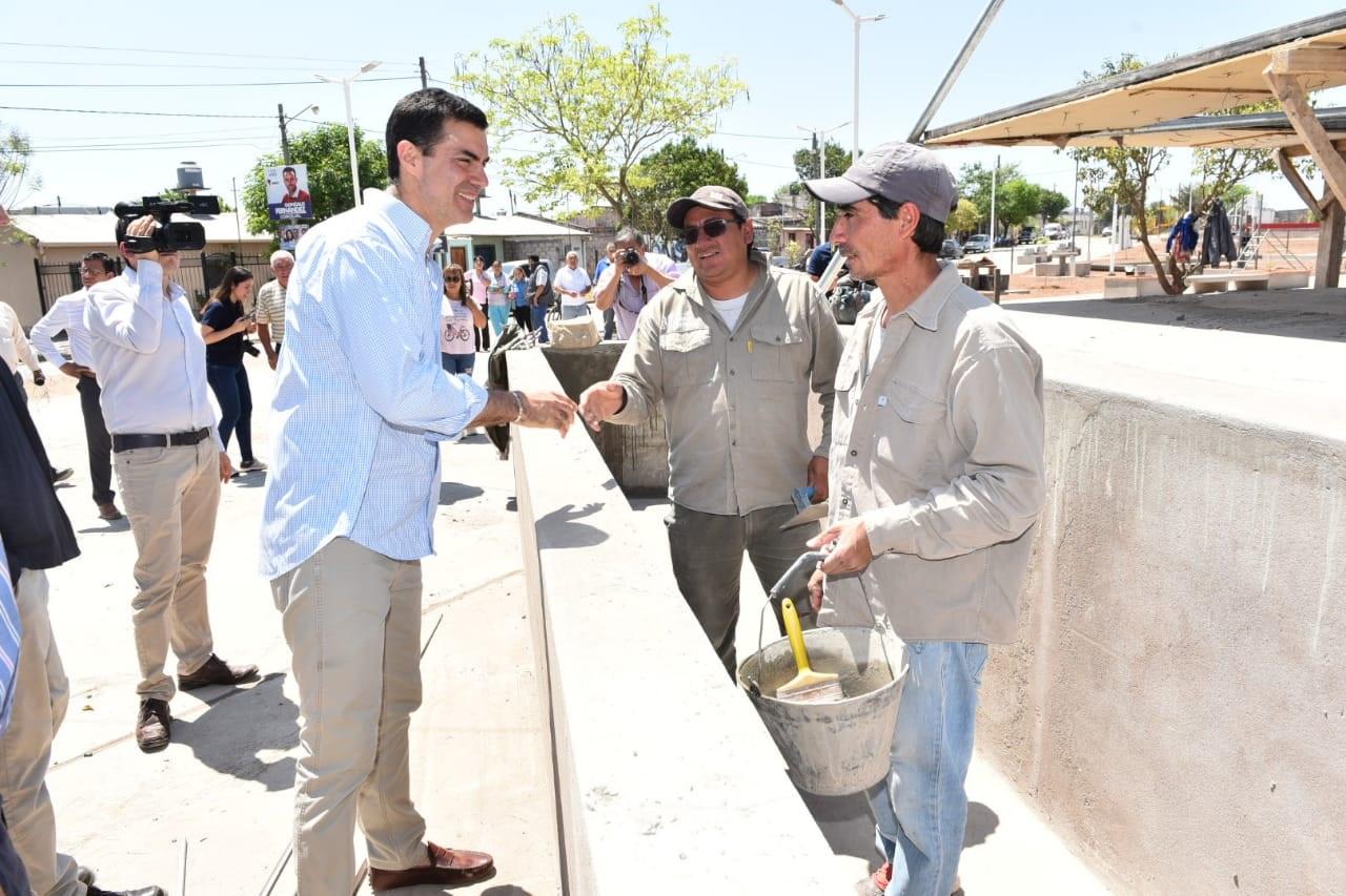 El Rosario de la Frontera el gobernador Urtubey recorrió el predio donde se realiza el diseño urbano del Parque Lineal Estación FF CC