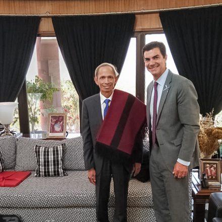 Urtubey se reunió con el embajador de la República de Vietnam