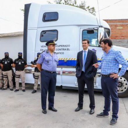 Se suman vehículos a la Policía para fortalecer en Salta la lucha contra las drogas