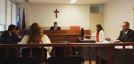 Por retiro de la acusación absuelven a una exmonja denunciada por abuso sexual