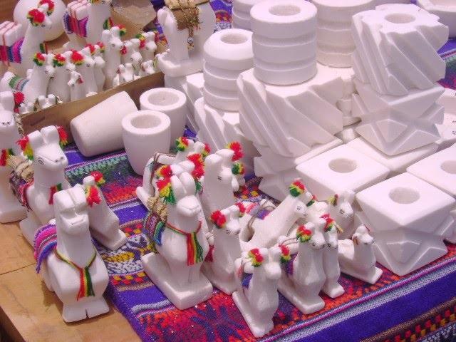 Feria de artesanías de Sal elaboradas por mujeres Kolla de Hurcuro