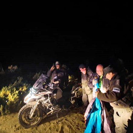 Gendarmería auxilió a motociclista europeo lesionado en la puna jujeña