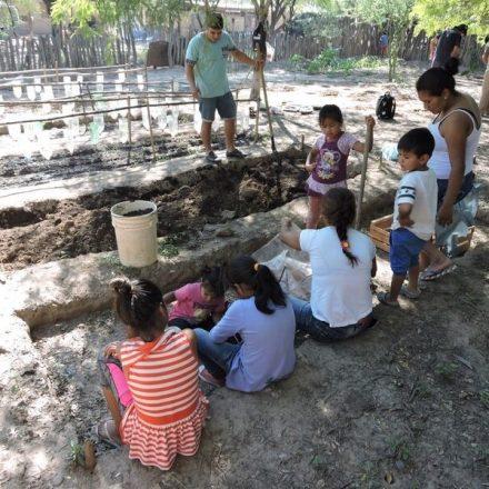 Grupo San Cristóbal apoyó un emprendimiento de agricultura sostenible en la comunidad Wichí