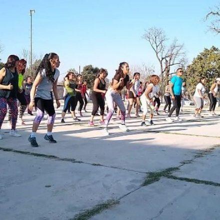 Festival de música y fitness en Campo Quijano, a beneficio de los chicos de la Quebrada