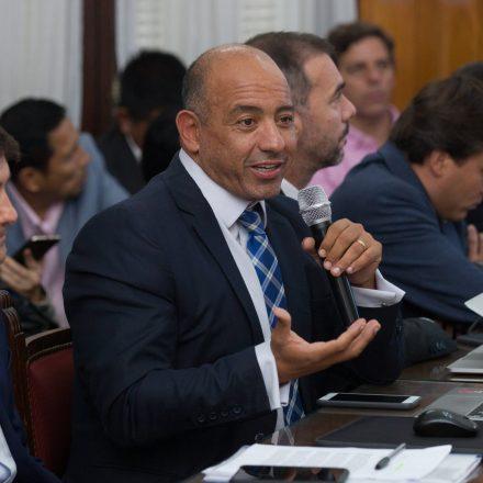 Dib Ashur explicó a legisladores el proyecto de Ley que prorroga el presupuesto 2019