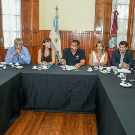 Informan a senadores provinciales sobre asistencia económica a municipios