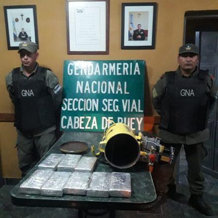 Ocultaba 8 kilos de cocaína dentro de un compresor de aire