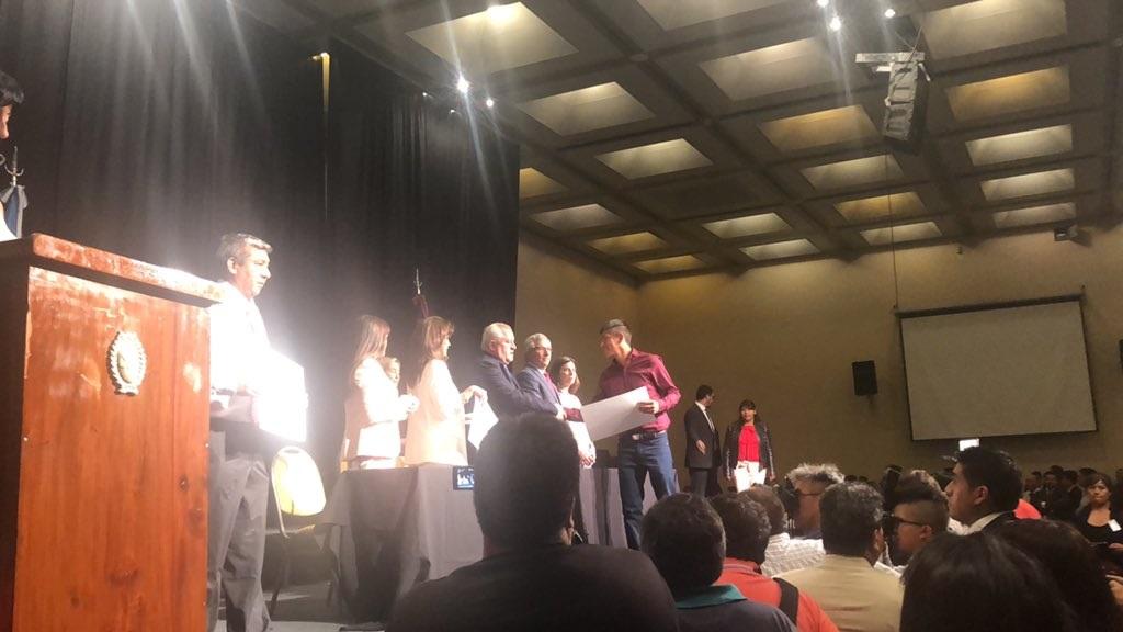 Entregaron los diplomas a los sesenta intendentes y 343 concejales electos en toda la provincia