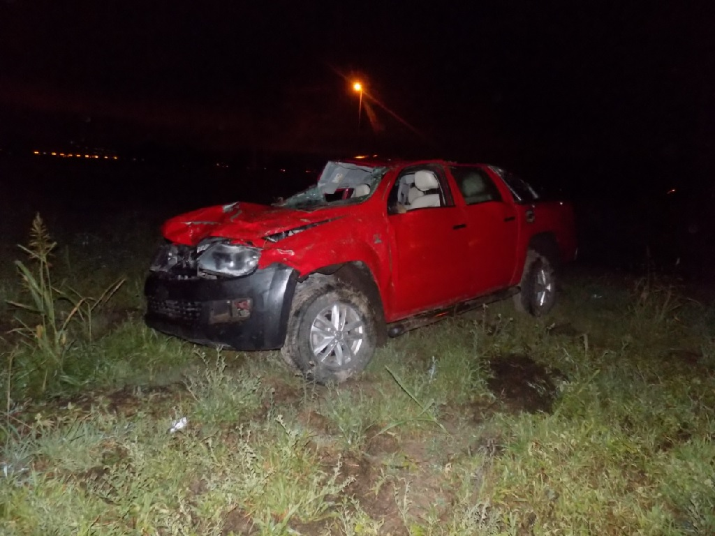 Una mujer pierde la vida tras una colisión entre una camioneta y una motocicleta