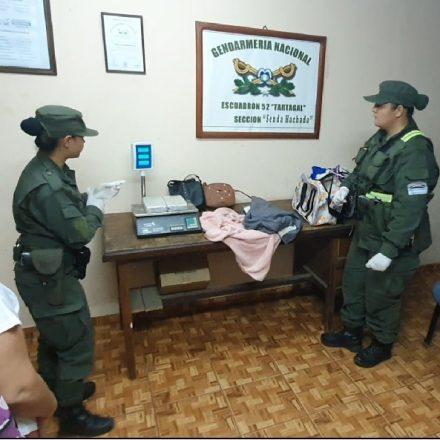 Detienen a dos mujeres que transportaban 3 kilos de cocaína entre sus pertenencias
