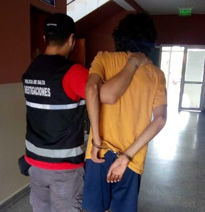 La Policía recuperó las guitarras valuadas en medio millón de pesos y que pertenecían a Franco Barrionuevo