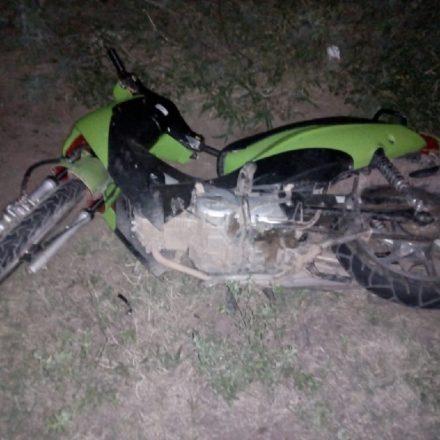 Siniestro vial entre una moto y un camión deja una víctima fatal
