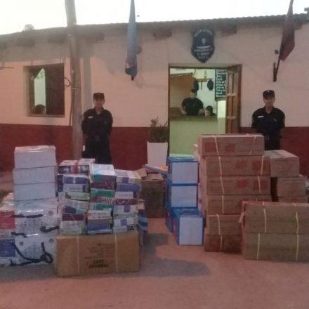 Secuestran mercadería de contrabando valuado en más de medio millón de pesos