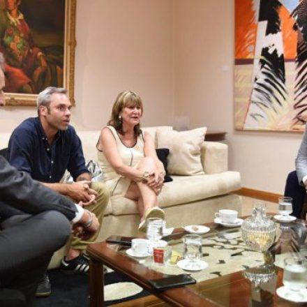 El gobernador Sáenz recibió a la madre de María Cash
