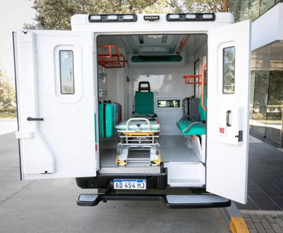 Una empresa privada donó una ambulancia para Santa Victoria Este