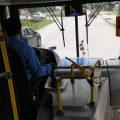 Los colectivos de SAETA cuentan con alcohol en gel para los pasajeros