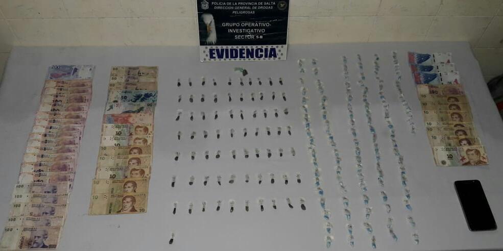 Tras denuncias web anónimas secuestran más de 200 dosis de drogas