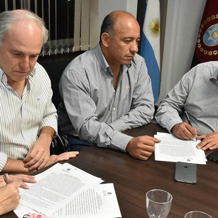 El Gobierno Provincial y los Gremios Docentes formalizaron el acuerdo salarial