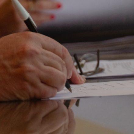 Escribanos salteños, disponibles para trámites en cuarentena