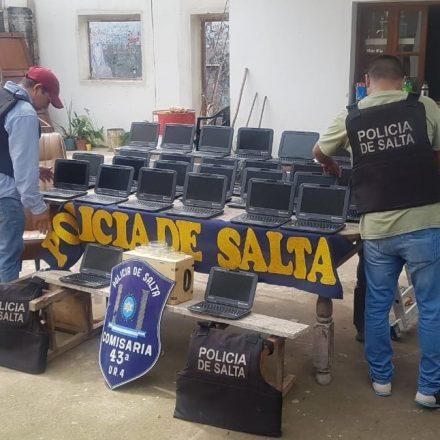Recuperan 30 netbooks que habían sido robadas de una escuela