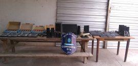 Detienen a 3 adolescentes:  recuperan netbooks,  elementos informáticos y mercaderías robadas a una escuela