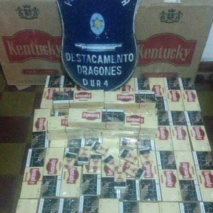 En un procedimiento policial incautaron un cargamento con 900 paquetes de cigarrillos