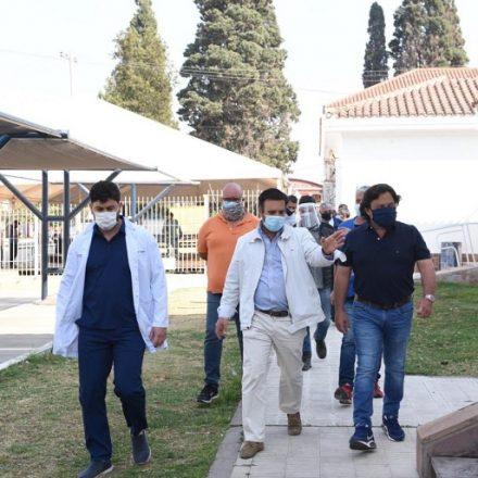 Sáenz verificó los trabajos de instalación de un nuevo espacio de atención en el hospital San Bernardo